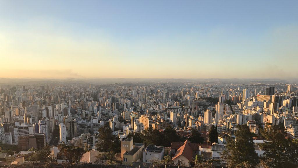 Vista panorâmica de Belo Horizonte. Imagem de boas vindas da Sustentável Viver