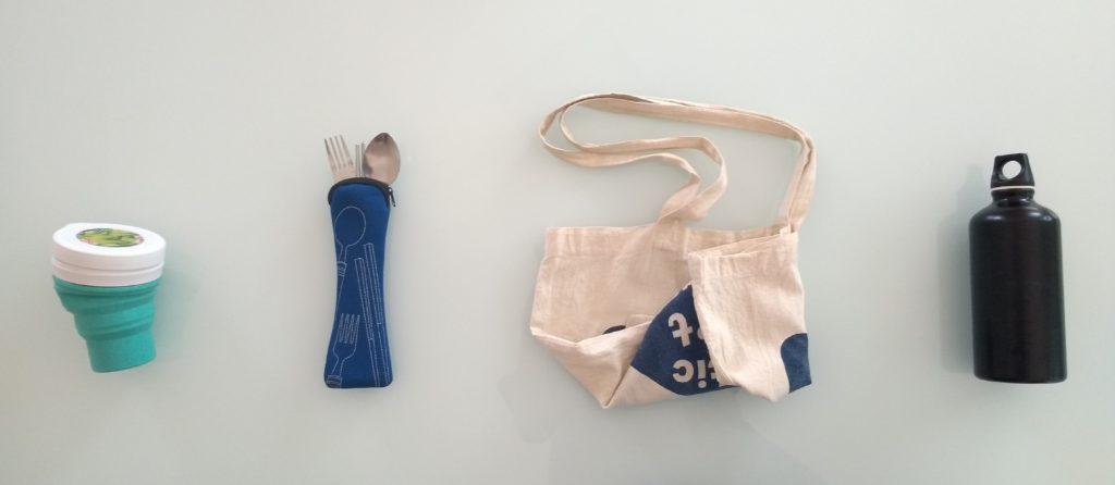 Meu kit de produtos reutilizáveis para recusar plásticos.