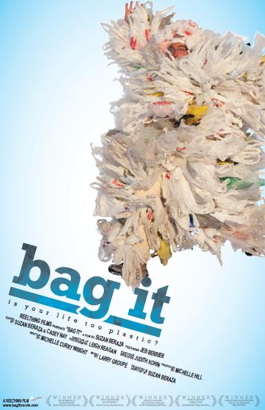 """Pôster do documentário """"Bag it: is your life too plastic?"""", que retrata o problema do plástico."""